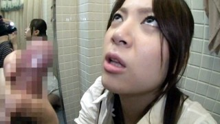 Japanese Sexed Wife BlowJob in a fitting room