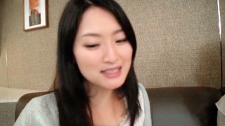 Amateur Asian Beautiful Cougar